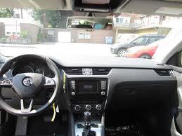 Companie taxi angajeaza soferi